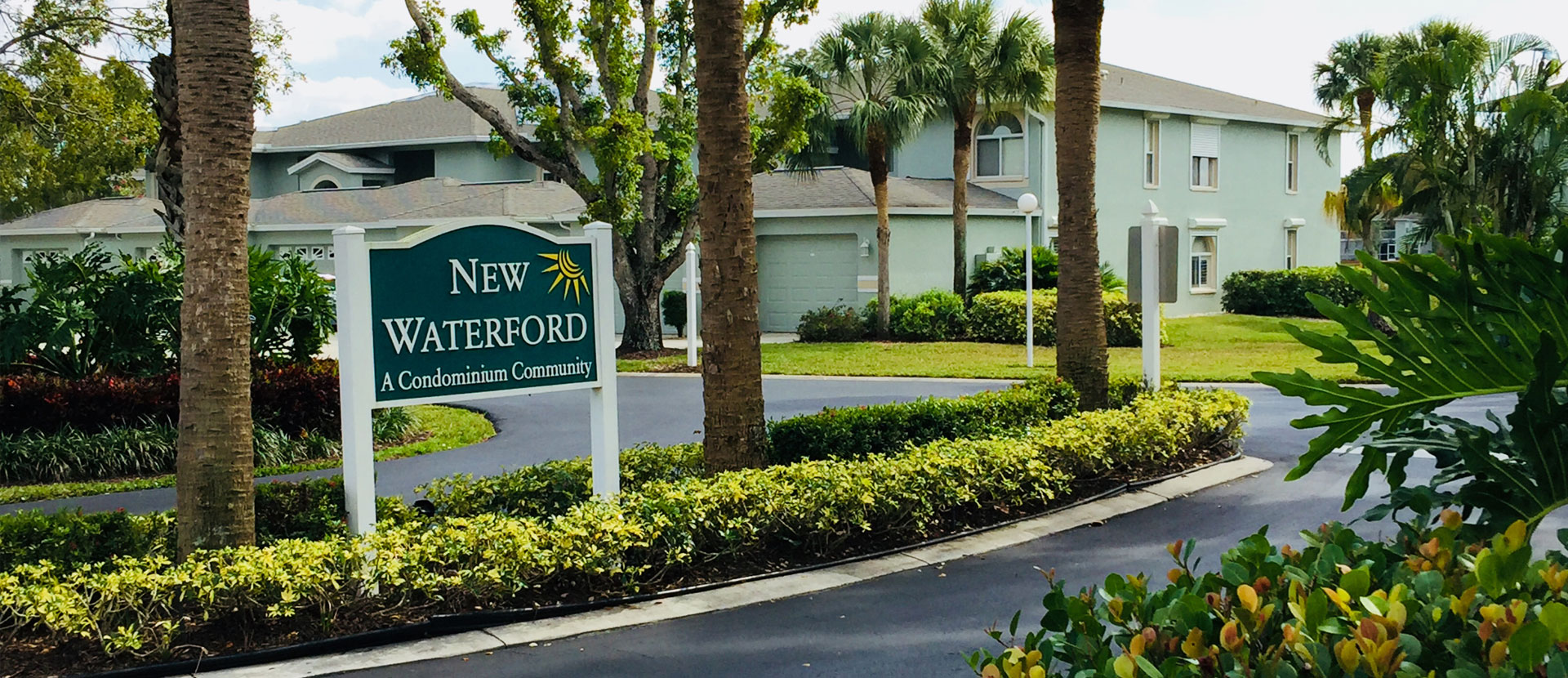 New Waterford sign at entrance - New Waterford at Berkshire Lakes Condominium Association